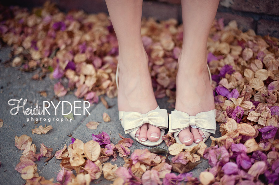 weddings shoes with a bow