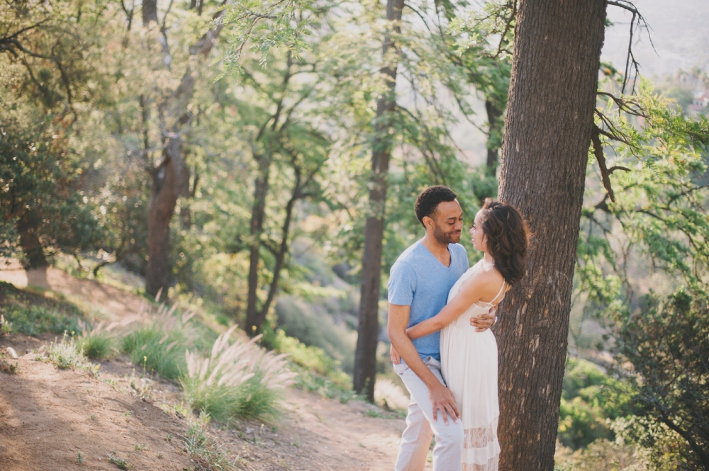 griffith park engagement photo